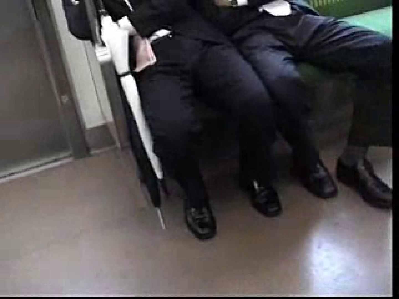 電車内でリーマンの股間撮影 車内  80画像 10