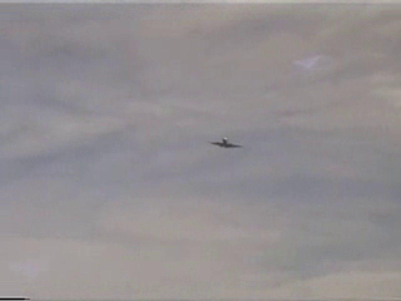 晴天の青空の下、空き地でSEX! マッチョ | 野外  65画像 9